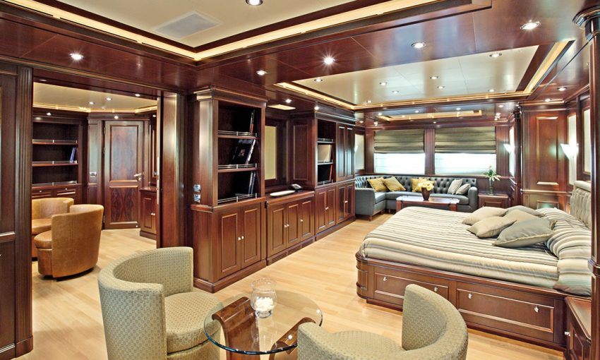 Smania contemporary yacht decor